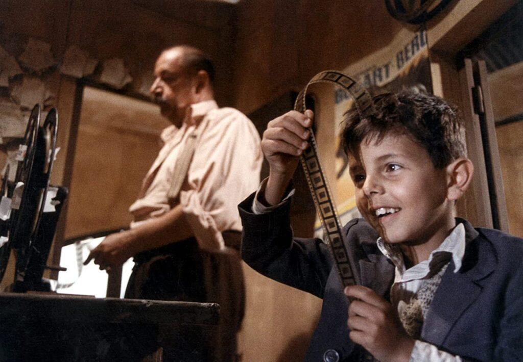 Alfredo y Totó en el Cinema Paradiso